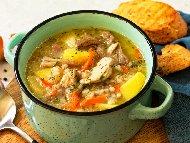 Пилешка супа с месо от филе, картофи, моркови, булгур и сметана